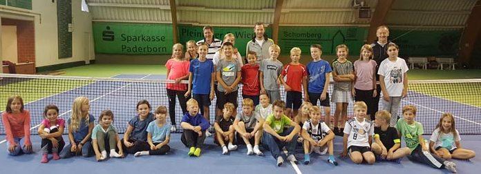 Toben und Pennen in unserer Tennishalle am 7./8. September 2018